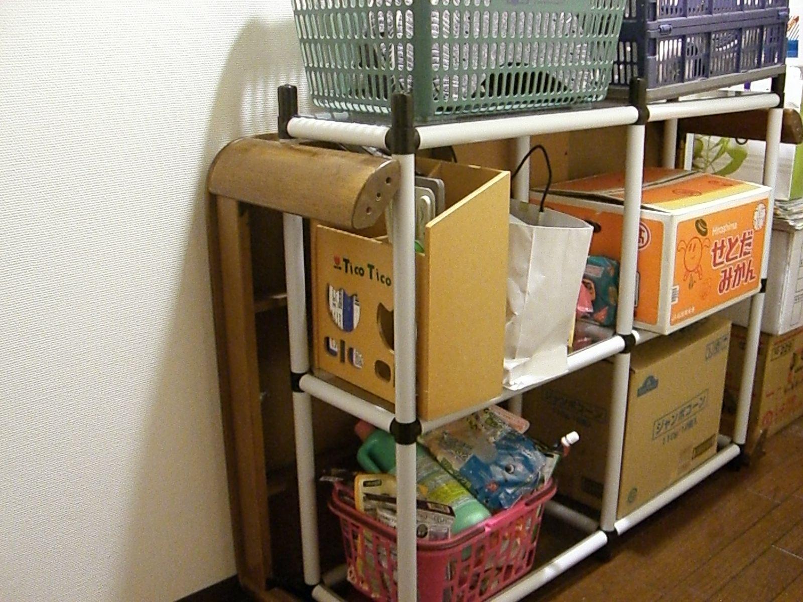 スタンダードパイプ オーダーキット(OST4-WH) こたつテーブル置き場の収納スペース