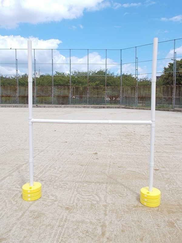 組立式ラグビーゴールセット(ミニHポール)2